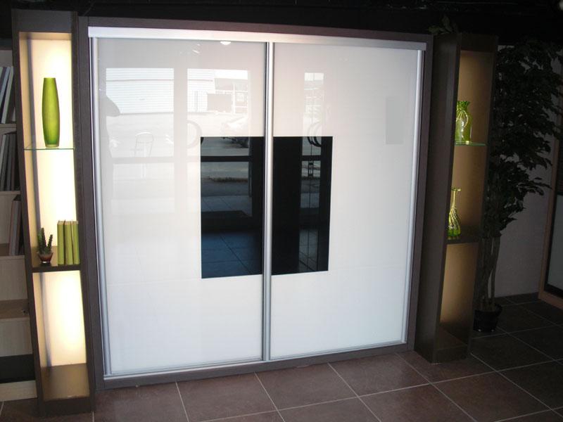 dressings pose de placards et portes coulissante antibes proximit de cagnes sur mer. Black Bedroom Furniture Sets. Home Design Ideas
